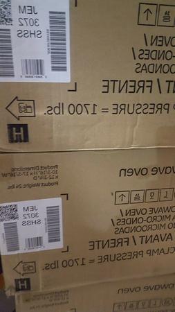 GE JEM3072SHSS 0.7 Cu. Ft. Capacity 700 Watt Countertop Micr