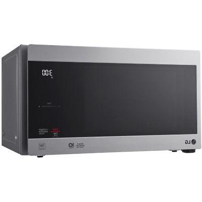 LG 0.9 Cu. NeoChef Microwave in Stainless Steel -