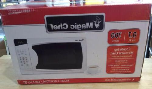MAGIC CHEF Countertop Microwave Oven 0.7 cu. ft. White
