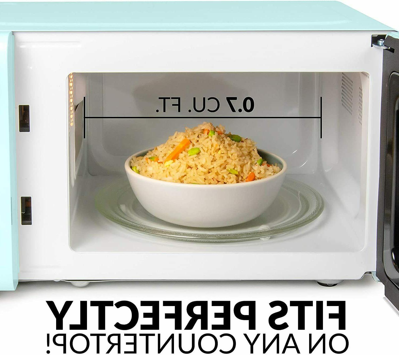 Retro 700-Watt Countertop Microwave Oven, 12 Pre Programmed