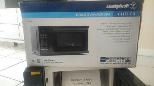 wmm7b counter top microwave oven black 700