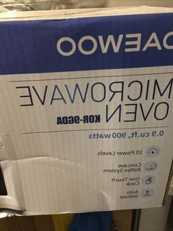 daewoo microwave oven   KOR-9GDA. 0.9 cu.Ft  900  watt
